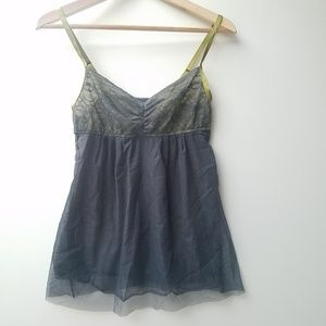 Vera Wang negligee adjustable straps size L